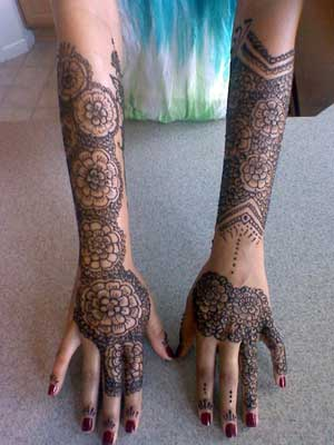 Henna Hands by Blanca Rose