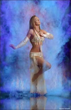 Rachel George Teaches Bellydance in Orange County and Los Angeles area
