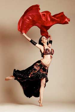 Shaunti with Veils in Performance of Belly Dance