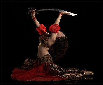 Shirin teaches bellydance in Los Angeles, California